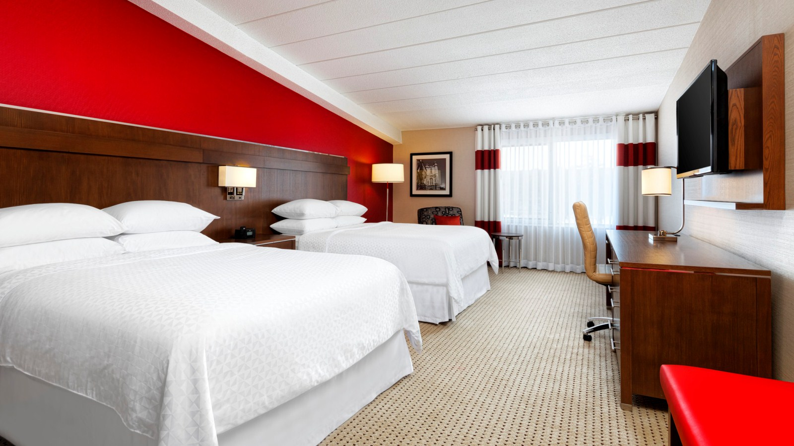 superior2queenguestroom.jpg